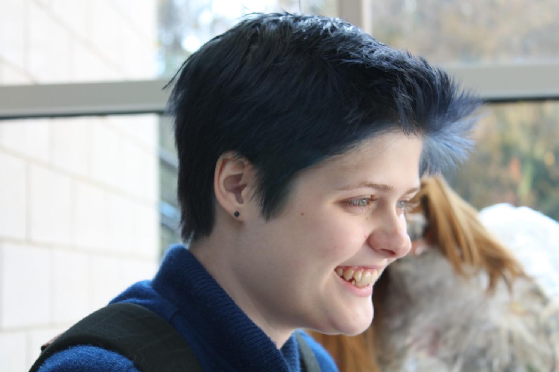 Isabella Newberg ('20) sports her blue hair.