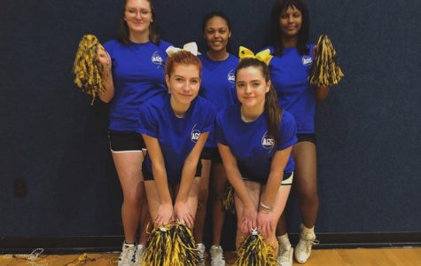 Spirit Squad cheers on our basketball team at the 2018 homecoming game