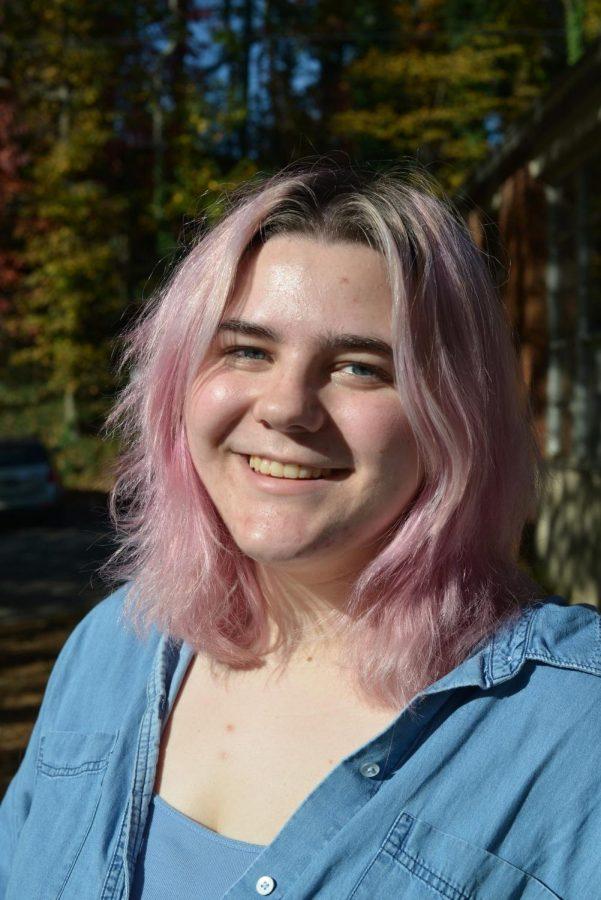 Lucy Shuker '21, Earth Goddess